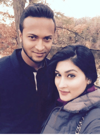 Latest click of Shakib Al Hasan with his beautiful wife: Latest click of Shakib Al Hasan with his beautiful wife