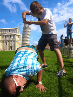 laughhard:  I usually don't like these Leaning Tower of Pisa pics but I'll make an exception for this one : laughhard:  I usually don't like these Leaning Tower of Pisa pics but I'll make an exception for this one