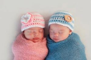 lol-coaster:    Twin Girls with Two Fathers  A mother of two-year old twin girls is seeking child support from the alleged father of the twins.http://www.dnaforce.ca/article/twins-with-two-fathers.html  : lol-coaster:    Twin Girls with Two Fathers  A mother of two-year old twin girls is seeking child support from the alleged father of the twins.http://www.dnaforce.ca/article/twins-with-two-fathers.html