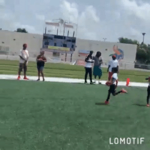 Like father, like son  Dray Hester already has the moves 🔥 (via Devin Hester): LOMOTIF Like father, like son  Dray Hester already has the moves 🔥 (via Devin Hester)