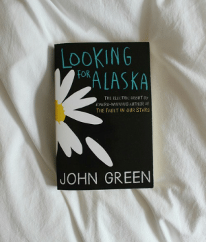 The Fault In Our: LOOKING  OALASKA  THE ELECTRIC DEBUT By  AWARO-WINNING AUTHOR OF  THE FAULT IN OUR STARS  JOHN GREEN