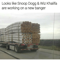 Blaze it 💨🔥💨🔥💨🔥 | follow @lei.ying.lo for more.: Looks like Snoop Dogg & Wiz Khalifa  are working on a new banger Blaze it 💨🔥💨🔥💨🔥 | follow @lei.ying.lo for more.