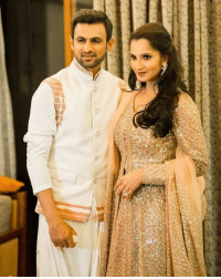 Memes, Gorgeous, and 🤖: Lovely picture of gorgeous couple Shoaib Malik and Sania Mirza.