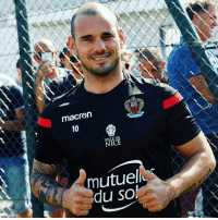 Wesley Sneijder has joined French @ligue1conforama side @ogcnice. The former @afcajax, @realmadrid, @inter and @galatasaray midfielder has signed a one-year deal. Sneijder played in the 2010 WorldCup final for @onsoranje. Sneijder Nice Holland Oranje: macren  10  10  VILLE DE  mutuel  du sol Wesley Sneijder has joined French @ligue1conforama side @ogcnice. The former @afcajax, @realmadrid, @inter and @galatasaray midfielder has signed a one-year deal. Sneijder played in the 2010 WorldCup final for @onsoranje. Sneijder Nice Holland Oranje