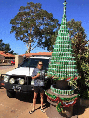 Christmas, Tumblr, and Blog: MAD BOGAN rofl-pictures:  An Bogan Aussie Christmas Tree