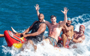Manu, Boris, Splitter and Patty made a Spurs version of the Banana Boat  They call themselves the #WienerBoatBoys 🤣: Manu, Boris, Splitter and Patty made a Spurs version of the Banana Boat  They call themselves the #WienerBoatBoys 🤣
