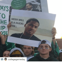 College, Meek Mill, and Sports: Mar  Hey you hear  Fly  Together?  ATS  MEEK MILL  IS A DUCKS  FAN...  DSE  COLLEG  collegegameday  GAMEDAY Sheeeesh, that's foul. 😂😂😂