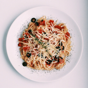 Fresh, Tumblr, and Blog: marriedfood:Pasta with fresh tomatoes recipe
