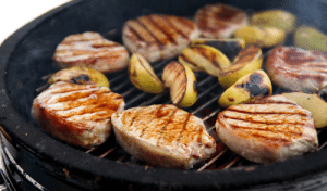 Tumblr, Blog, and Com: marriedfood:Pork chops with applesrecipe