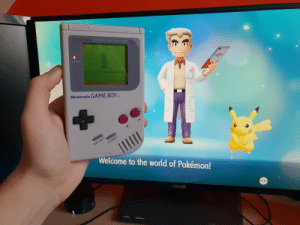 20 Years of Difference: MATRIX WITH STEREO  BATTERY  Nintendo GAME BOYM  Welcome to the world of Pokémon! 20 Years of Difference