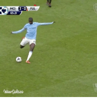 MCI  3-0  FUL  65:21  New gelaze How about this from Yaya Toure 👌🏽🔥