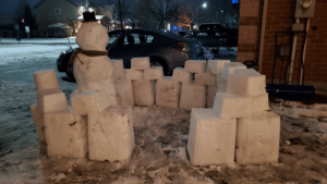 Built a snow man with the kids today, and the neighbours (who are emptynesters) secretly built him snowfort at night.: MCKIN  40  LONS Built a snow man with the kids today, and the neighbours (who are emptynesters) secretly built him snowfort at night.