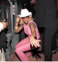 Music, Country Music, and Sid: me: i hate country music carrie underwood: i dug my key into the sid- me: