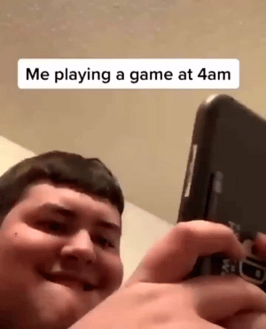😂 https://t.co/78YJLwvXer: Me playing a game at 4am 😂 https://t.co/78YJLwvXer