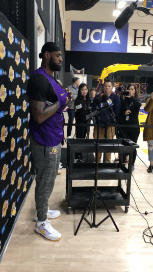 Media keeping their distance from LeBron while asking questions.  https://t.co/pvyXGlIM1v: Media keeping their distance from LeBron while asking questions.  https://t.co/pvyXGlIM1v