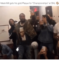 "meekmill was at snl last night and got the plaque for latest album championships ‼️ have to heard his latest album yet ⁉️ Follow @bars for more ➡️ DM 5 FRIENDS: Meek Mill gets his gold Plaque for ""Championships"" at SNL 옹 meekmill was at snl last night and got the plaque for latest album championships ‼️ have to heard his latest album yet ⁉️ Follow @bars for more ➡️ DM 5 FRIENDS"
