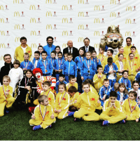 Memes, 🤖, and Moscow: MI  assa-om  M1  (Y11  MI  M.  MI.  M1.  Mr  M1  Mt  M黒  MI.  18  Slo  gami  Coe 'Q  Inn  game  game  罵  YY  gbon1 This group of children in Moscow were treated to a surprise today when they were told that they would be going to the FIFA Confederations Cup 2017 with McDonald's! Over 350 young football fans aged 6-10 from Moscow, Saint-Petersburg, Kazan and Sochi will be Player Escorts, with half of them from orphanages. ConfedCup McDonalds Zabivaka