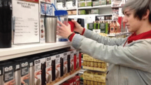 spencerofspace:  I went to bed bath & beyond last week and their were these cups that you could pick up but not push over and they made me so mad : MIGHTY MUG  TRAVEL  24  ARL EN spencerofspace:  I went to bed bath & beyond last week and their were these cups that you could pick up but not push over and they made me so mad