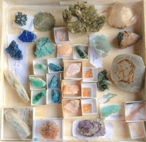 mineraliety: Cheery and bright springtime color mineral collection via @woodlights_woudlicht ///// https://www.instagram.com/woodlights_woudlicht/ https://www.instagram.com/mineraliety/ : mineraliety: Cheery and bright springtime color mineral collection via @woodlights_woudlicht ///// https://www.instagram.com/woodlights_woudlicht/ https://www.instagram.com/mineraliety/
