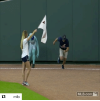 Mlb, Sports, and Braves: mlb  MLB.com The Freeze was no match for this Braves fan (via @mlb)