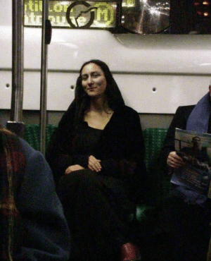 Mona Lisa on her commute to the Louvre circa 1804: Mona Lisa on her commute to the Louvre circa 1804