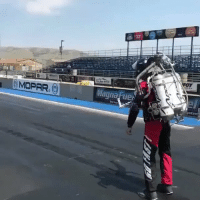 RT @Iuxury: jet pack vs dodge challenger 😅 https://t.co/MxKExh6ekH: MOPAR,  Magna Fue RT @Iuxury: jet pack vs dodge challenger 😅 https://t.co/MxKExh6ekH