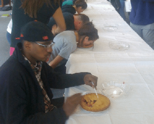 mosticonicposts: okatu:  pie eating contest? nah son free pie  certified iconic post : mosticonicposts: okatu:  pie eating contest? nah son free pie  certified iconic post
