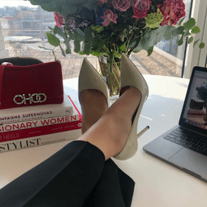 Team our LOVE heels in linen with our SIDNEY clutch in chilli velvet #FeetUpFriday http://bit.ly/LOVE_LINEN: MPAGNE SUPERNOVAS  MAUREEN CALLAHA  IONARY WOMEN  STYLIST Team our LOVE heels in linen with our SIDNEY clutch in chilli velvet #FeetUpFriday http://bit.ly/LOVE_LINEN