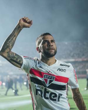 ".@DaniAlvesD2 is back home to fulfill his dream.   Exclusive look behind the scenes in the new series ""MY DREAM.""   Coming soon.  https://t.co/mWR8ChUY4h: MRV  VMENTOS  SPFC  5ter  ANCO .@DaniAlvesD2 is back home to fulfill his dream.   Exclusive look behind the scenes in the new series ""MY DREAM.""   Coming soon.  https://t.co/mWR8ChUY4h"