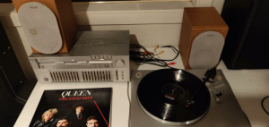 My dad recently gave me his old vinyl player and I just wanted to share it. I absolutely love it. (It will be put in a better place soon): My dad recently gave me his old vinyl player and I just wanted to share it. I absolutely love it. (It will be put in a better place soon)