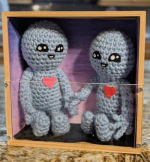 My gift to my boyfriend for v day, based on the strange planet comics! Everything is crochet minus the faces which are made with felt [OC]: My gift to my boyfriend for v day, based on the strange planet comics! Everything is crochet minus the faces which are made with felt [OC]