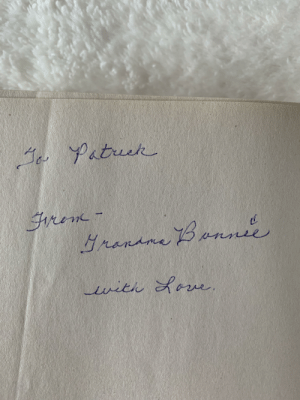 My grandmother suffering from dementia stumbled across her copy of of A Dance with Dragons. She made a connection that we used to discuss A Song of Ice and Fire together years ago, and decided to gift me the book with this handwritten note. I'll cherish this forever.: My grandmother suffering from dementia stumbled across her copy of of A Dance with Dragons. She made a connection that we used to discuss A Song of Ice and Fire together years ago, and decided to gift me the book with this handwritten note. I'll cherish this forever.