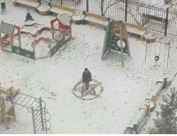 My little brother loves playing in the snow: My little brother loves playing in the snow