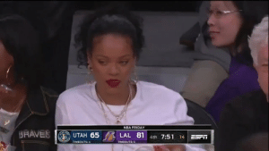 👀 Rihanna x Alex Caruso!  https://t.co/jbQ0BVon5t: NBA FRIDAY  SRAVES  UTAH 65  LAL 81 4th 7:51  SYANJA  14  ESTT  ETER  TIMEOUTS: 4  TIMEOUTS:3 👀 Rihanna x Alex Caruso!  https://t.co/jbQ0BVon5t