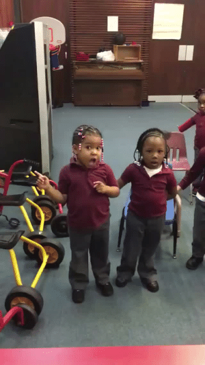 Aww, Cute, and Lmao: neoncryptcuddler:  bubblegum-pwussay:  youngblackandvegan:  powrightinthekisser:  thatadult:  controlledeuphoria:  octoberjr:  these adorable 4year olds trying to do the mannequin challenge  They did it!!!!!  they did so well  First thing to genuinely make me smile in like 3 days lmao  Aww wobbly mannequins  So cute they tried their best  Angels!!!!!!