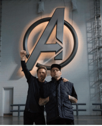 New AVENGERS 4/AVENGERS: INFINITY WAR behind-the-scenes photo with Robert Downey Jr.!  (Andrew Gifford): New AVENGERS 4/AVENGERS: INFINITY WAR behind-the-scenes photo with Robert Downey Jr.!  (Andrew Gifford)