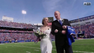 Mackenzie Park and Jordan Binggeli won the @BuffaloBills' NFL100 Experience of a Lifetime, and were married halftime of today's game! Former Bills legends Kyle Williams, @JimKelly1212, @thurmanthomas, and @SteveTasker89 were in the wedding.   #NFL100 https://t.co/sha7BTiJ9l: NFL  EXCLUSIVE CASHO PARTMER OF THE BNFF  ateFarn  FFAL Mackenzie Park and Jordan Binggeli won the @BuffaloBills' NFL100 Experience of a Lifetime, and were married halftime of today's game! Former Bills legends Kyle Williams, @JimKelly1212, @thurmanthomas, and @SteveTasker89 were in the wedding.   #NFL100 https://t.co/sha7BTiJ9l
