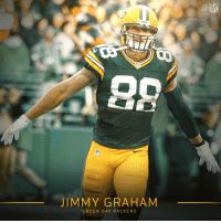 Welcome to the @packers, @TheJimmyGraham! 👌🧀 https://t.co/iyPkmX9Nx9: NFL  JIMMY GRAHAM  GREEN BAY PACKERS Welcome to the @packers, @TheJimmyGraham! 👌🧀 https://t.co/iyPkmX9Nx9