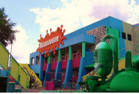 Funny, Nickelodeon, and Depression: Nickelodeon Studios 20 years ago vs. Nickelodeon Studios today... this is depressing