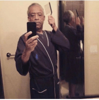 Al Sharpton been on a roll with the selfies! 😳😩😂 https://t.co/BrVWTwE79M: nj Al Sharpton been on a roll with the selfies! 😳😩😂 https://t.co/BrVWTwE79M