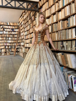 novelty-gift-ideas:  Dress made with the spines of old books  : novelty-gift-ideas:  Dress made with the spines of old books