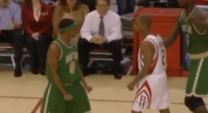 Memes, Rajon Rondo, and Time: NT That time Rajon Rondo squared up against Rafer Alston (2008) https://t.co/ha44MyctHu