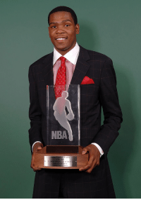 Kevin Durant won the 2008 NBA Rookie Of The Year award with 90 of the 125 1st place votes.    Al Horford had 20 and Luis Scola 5. Al Thornton received 1 2nd place vote. https://t.co/4a9lL7Q5A1: O C  NBA  eb Trophy  2007-2008  KEVIN DURAN Kevin Durant won the 2008 NBA Rookie Of The Year award with 90 of the 125 1st place votes.    Al Horford had 20 and Luis Scola 5. Al Thornton received 1 2nd place vote. https://t.co/4a9lL7Q5A1