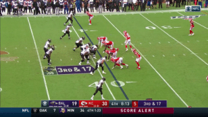 Again with the @Ravens we ask... HOW?! @lj_era8 @Willie_Snead4G #BALvsKC  📺: CBS 📱: NFL app // Yahoo Sports app Watch on mobile: https://t.co/qnNxI5gZ8j https://t.co/bClef5cpKI: O NFL  3RD &17  :05  BAL  КС  12-0) 3U 4TH 8:13 5  19  3RD &17  KC  (2-0)  NFL  7  34 4TH 1:23  OAK  MIN  SCORE ALERT Again with the @Ravens we ask... HOW?! @lj_era8 @Willie_Snead4G #BALvsKC  📺: CBS 📱: NFL app // Yahoo Sports app Watch on mobile: https://t.co/qnNxI5gZ8j https://t.co/bClef5cpKI