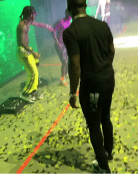 Rae Sremmurd, Wiz Khalifa, and Wiz: O.T. Genasis gettin it at the Dazed And Blazed Tour with Wiz Khalifa and Rae Sremmurd! 😂🙌💯 @OTGenasis @WizKhalifa @RaeSremmurd https://t.co/jvy9Njucr6