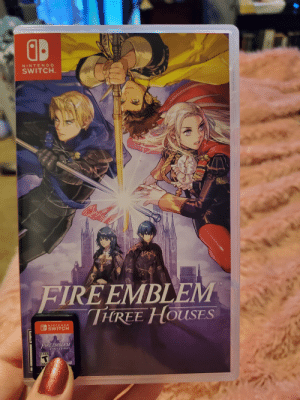 Nintendo Switch games waste so much plastic in packaging for a cartridge the size of a thumb: OD  NINTENDO  SWITCH.  FIREEMBLEM  THREE HOUSES  NINTENDO  U SWITCH  FIRE EMBLEM  THREE HOUSES  TEEN  ndo  ESR Nintendo Switch games waste so much plastic in packaging for a cartridge the size of a thumb
