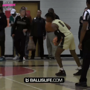 One of toughest PGs in the nation.. Deivon Smith makes it look so effortless https://t.co/jhERwyvJVO: OFF CAS  BALLISLIFE.cOM One of toughest PGs in the nation.. Deivon Smith makes it look so effortless https://t.co/jhERwyvJVO