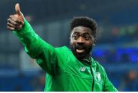 OFFICIAL: Kolo Toure retires from football.  The man who is unbeaten in a league season with two clubs 🙌  ✅ Arsenal 2003/04 ✅ Celtic 2016/17 https://t.co/lLMqU371bV: OFFICIAL: Kolo Toure retires from football.  The man who is unbeaten in a league season with two clubs 🙌  ✅ Arsenal 2003/04 ✅ Celtic 2016/17 https://t.co/lLMqU371bV