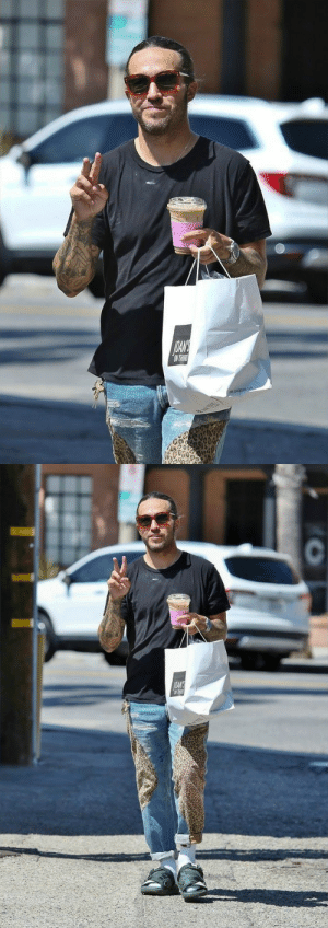 petewentzworld:  Sep 04, 2019 || Pete in Los Angeles, California.: OLANE  ON THIR   AOANS  N THR petewentzworld:  Sep 04, 2019 || Pete in Los Angeles, California.