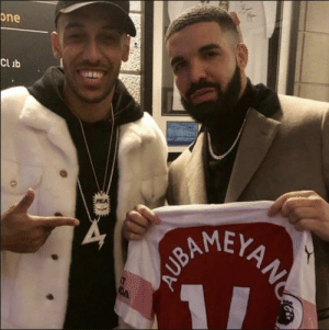 If you are thinking Drake is the reason why Arsenal are getting hammered then you are wrong, this pic is around 2 months old. Arsenal are just shit. https://t.co/SRIBwSlJNn: one  Clib  AMEY If you are thinking Drake is the reason why Arsenal are getting hammered then you are wrong, this pic is around 2 months old. Arsenal are just shit. https://t.co/SRIBwSlJNn